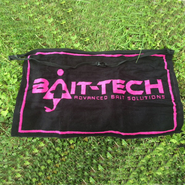 Bait-Tech Bait-Tech Ručník Apron Towel - Black and Pink